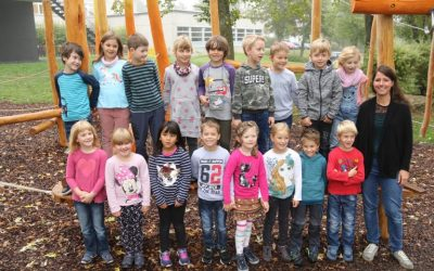 https://www.homburgschule-neuhausen-ob-eck.de/wp-content/uploads/2020/02/Klassenfotos-2019-37-768x512-1-400x250.jpg