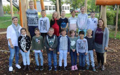https://www.homburgschule-neuhausen-ob-eck.de/wp-content/uploads/2020/02/Klassenfotos-2019-46-768x512-1-400x250.jpg