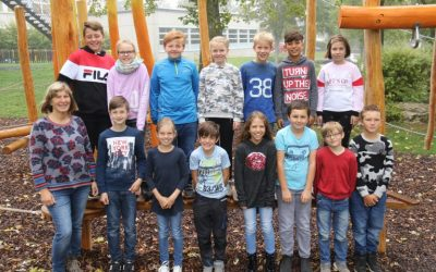 https://www.homburgschule-neuhausen-ob-eck.de/wp-content/uploads/2020/02/Klassenfotos-2019-58-768x512-1-400x250.jpg