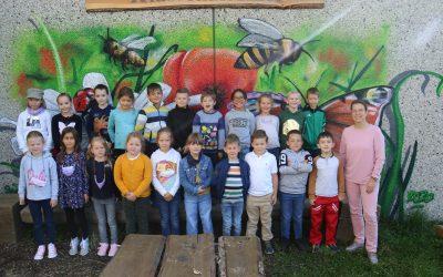 https://www.homburgschule-neuhausen-ob-eck.de/wp-content/uploads/2021/10/Klassenfotos-2021-017-scaled-400x250.jpg