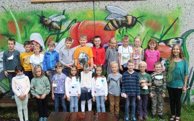 https://www.homburgschule-neuhausen-ob-eck.de/wp-content/uploads/2021/10/Klassenfotos-2021-025-scaled-400x250.jpg